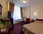 Полулюкс гостиницы Киев