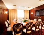 Комната для переговоров бутик-отеля Ривьера